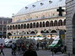 Padova, Palazzo della Ragione - Foto Schubbay