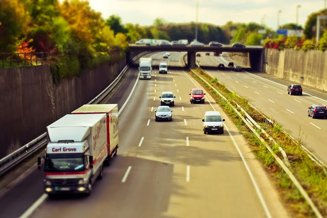 Gara BERS per la costruzione di autostrade: Photocredit: Michael Gaida da Pixabay