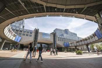 photo credit: European Parliament/Stockshot of the EP in Brussels - Heatwave