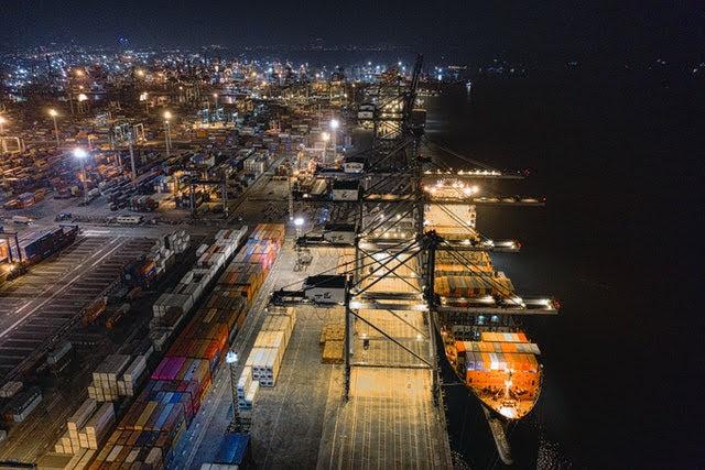 Porti - Foto di Tom Fisk da Pexels
