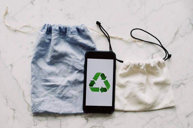 Green Consumption Pledge - Foto di ready made da Pexels